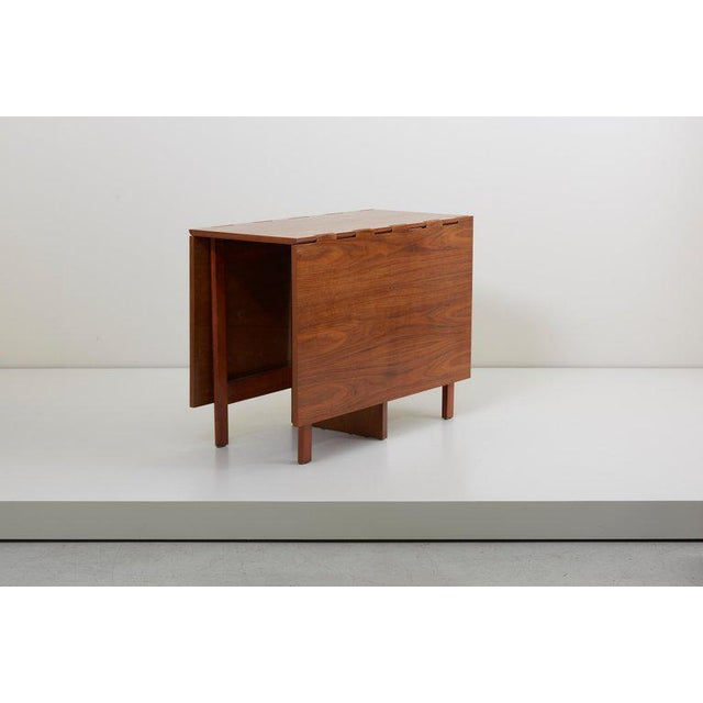 Mid-Century Modern George Nelson Gate-Leg Dining Table Model 4656 by Herman Miller in Walnut For Sale - Image 3 of 13
