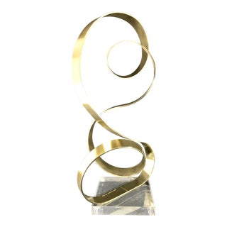 Dan Murphy Signed Abstract Ribbon Sculpture on Acrylic Base For Sale