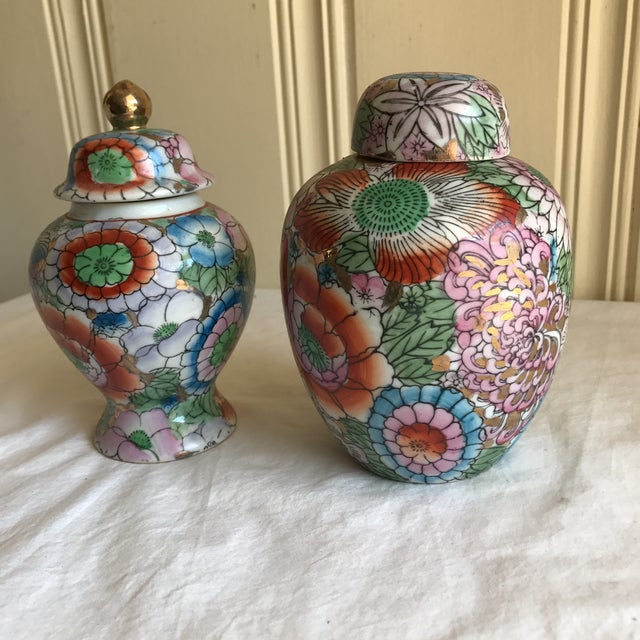 Chinoiserie Ceramic Ginger Jars - A Pair - Image 5 of 8