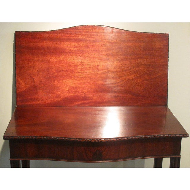 18th Century George III Mahogany Serpentine Front Game Table - Image 7 of 10