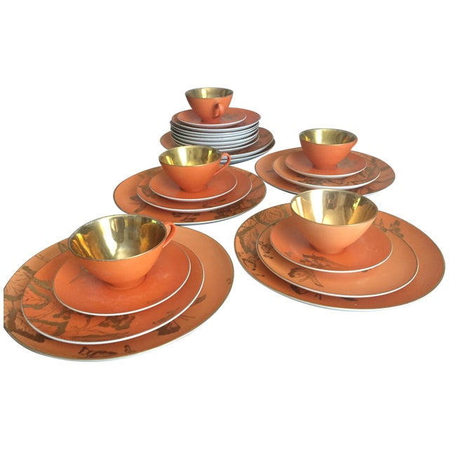 Dorothy Thorpe Persimmon China Set - Set of 67 For Sale