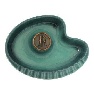 """Mid-Century Modern Roseville Hyde Park Pottery Boomerang """"R"""" Monogram Ashtray"""