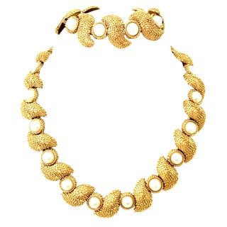 20th Century Trifari Gold Plate & Faux Pearl Necklace and Bracelet For Sale