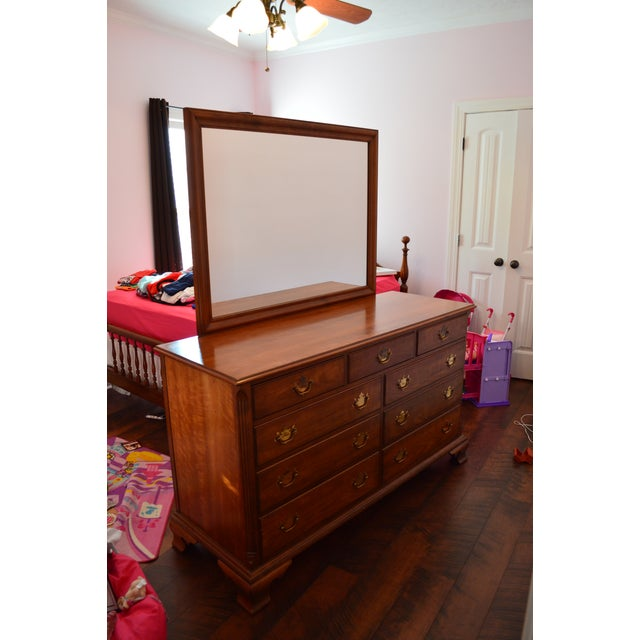 1950s Traditional Kindel Grand Rapids 9 Drawer Dresser With Attached Mirror For Sale - Image 13 of 13