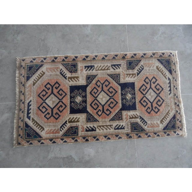 Traditional 1970s Vintage Rug Hand Made Rug- 1′9″ × 3′2″ For Sale - Image 3 of 7
