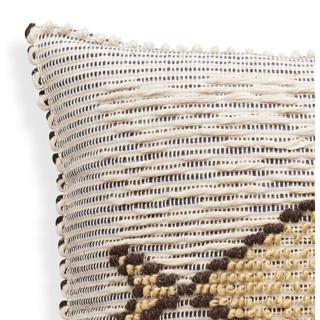 "Boho Chic Schumacher Artigianale Italian Hand-Woven Cotton Wool Natural Blue 18"" Pillow For Sale - Image 3 of 5"