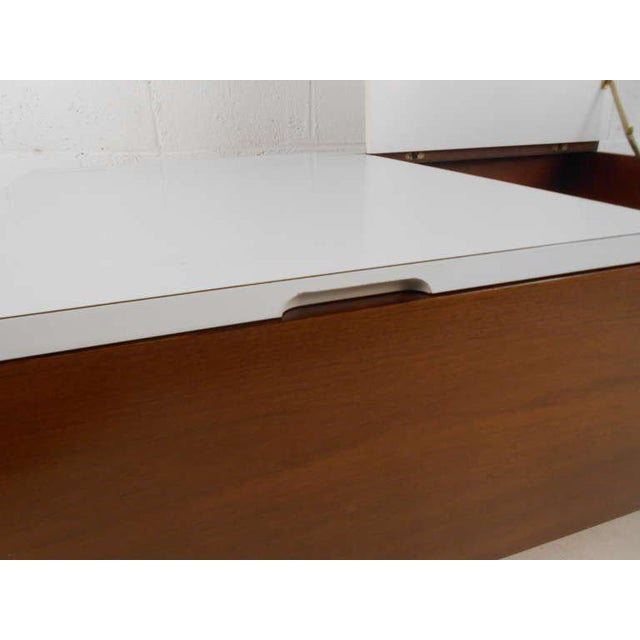 George Nelson for Herman Miller Mid Century Modern Coffee Table For Sale In New York - Image 6 of 7