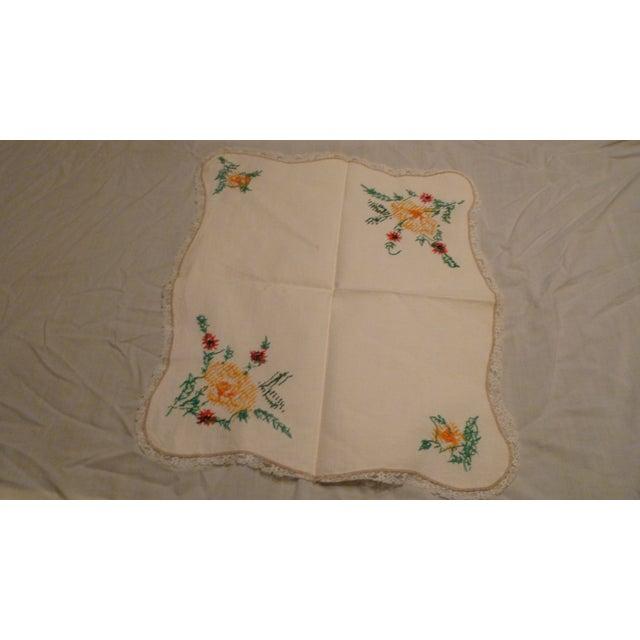 Vintage Handmade Embroidery Linen Topper Runner Biscuit Bread Holder For Sale - Image 9 of 10