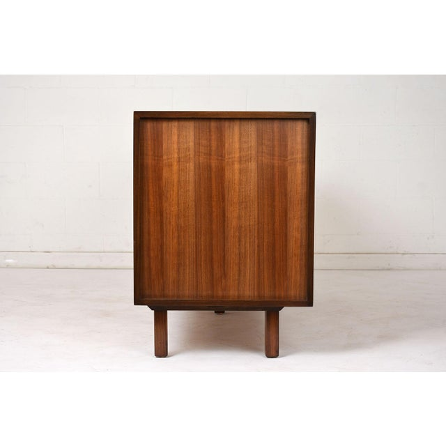 Mid-Century Modern-style Chest of Drawers For Sale - Image 4 of 10