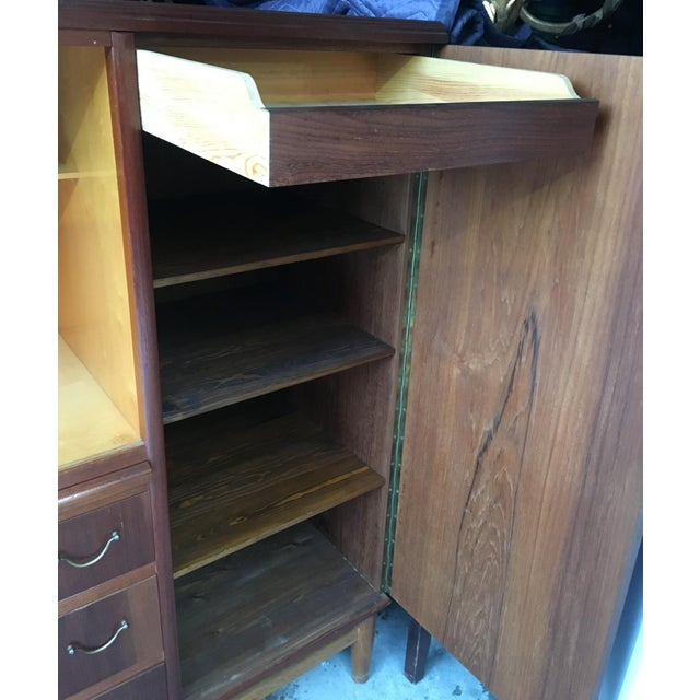 Glass Mid-Century Mahogany Chifforobe For Sale - Image 7 of 9