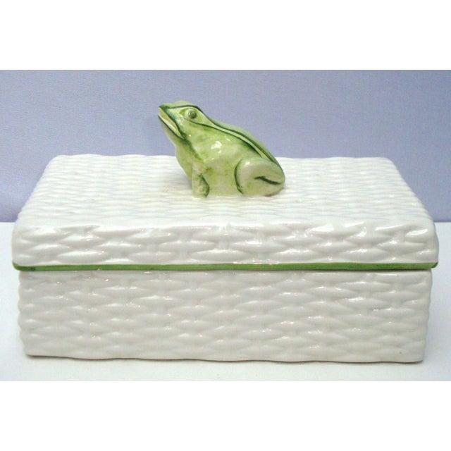 Italian Porcelain Ceramic Wicker Frog Box - Image 3 of 11