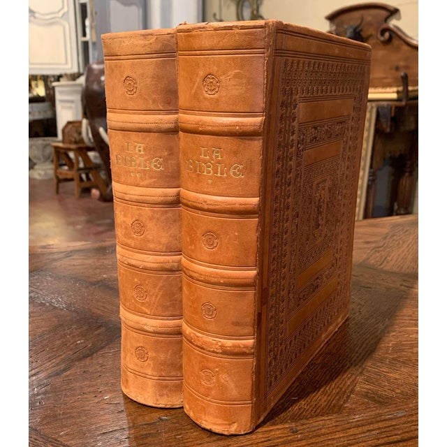 Mid 20th Century Mid-Century French Leather Bound Two-Volume Holy Bible Dated 1953 - Set of 2 For Sale - Image 5 of 13