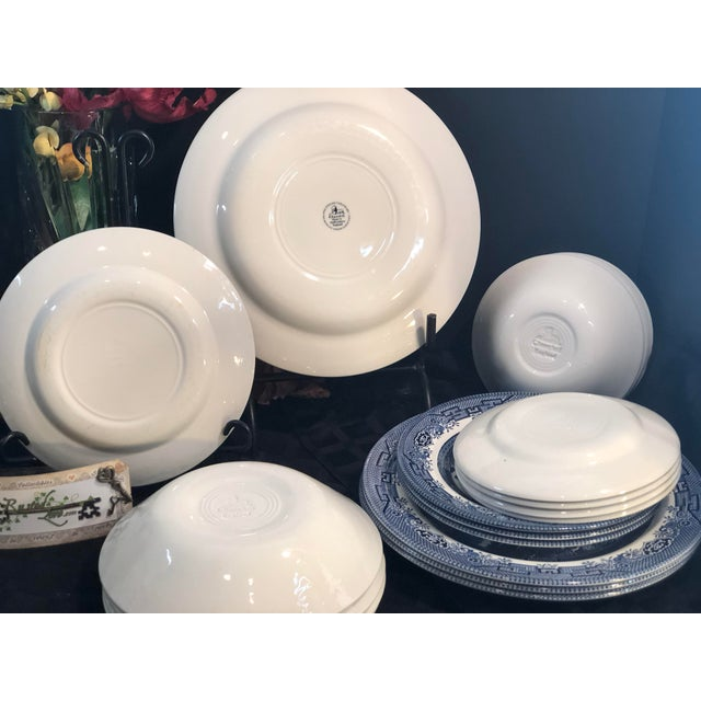 Traditional English Churchill Blue Willow Dinner, Bread, Salad Plates, Soup, Cereal Bowls - 20 Pieces For Sale In Phoenix - Image 6 of 13