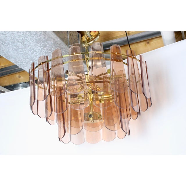 Vintage Mid-Century Modern Modern Blush Pink Glass Gold 15 Light Chandelier For Sale In Columbus - Image 6 of 8