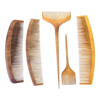 Vintage 1930s Japanese Collection of Tsuge Wood Combs - Set of 5 For Sale