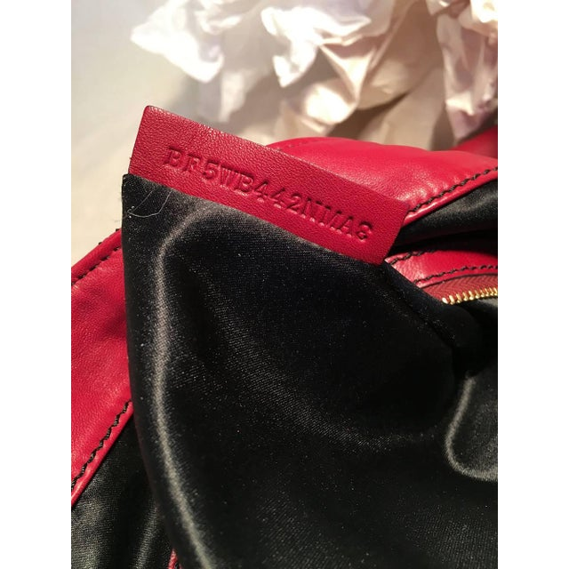 Valentino Red Leather Bow Front Hobo Shoulder Bag For Sale In New York - Image 6 of 8