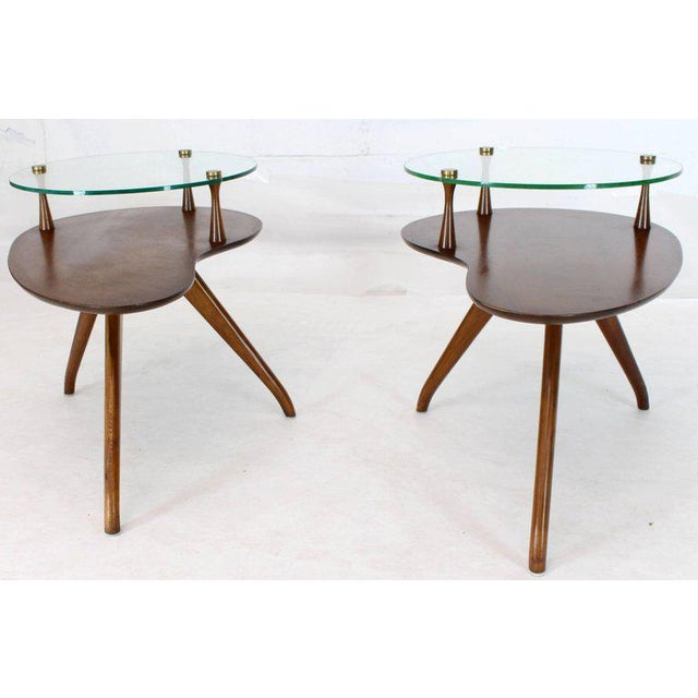 1970s Pair of Kidney Organic Shape Two-Tier Tri-Legged Side Tables For Sale - Image 5 of 10
