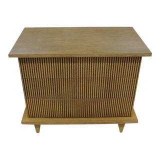 Mid Century Modern American of Martinsville Small Dresser For Sale