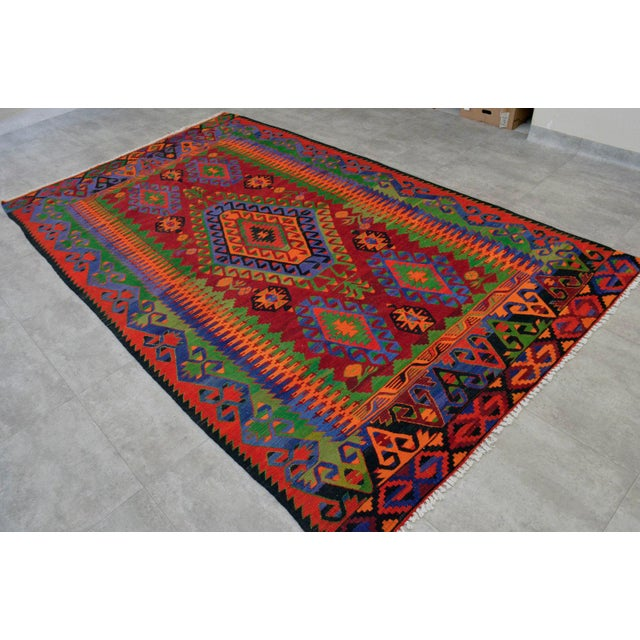 Turkish Kilim Hand Woven Wool Area Rug - 5′8″ X 9′4″ - Image 4 of 9