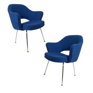 Pair of Eero Saarinen for Knoll Upholstered Executive Armchairs For Sale