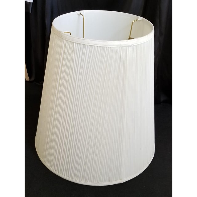 Mid-Century Modern Carved Italian Alabaster Table Lamp - Image 9 of 11