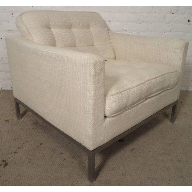Mid-Century Upholstered Armchairs by Knoll Associates - a Pair For Sale In New York - Image 6 of 10