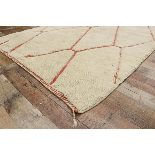 Organic Modern Style Berber Moroccan Rug - 05'05 X 07'02 For Sale In Dallas - Image 6 of 10
