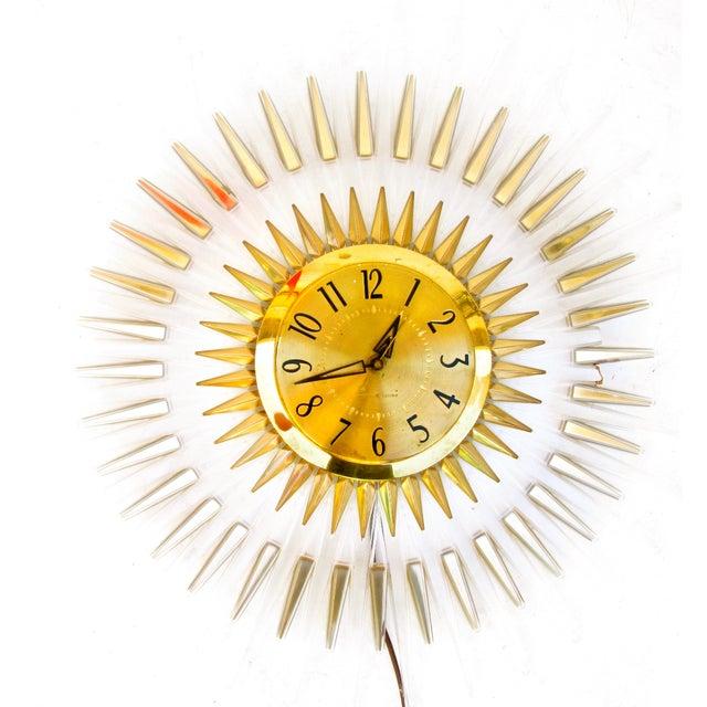 Mid-Century Modern Lucite Starburst Clock - Image 2 of 7