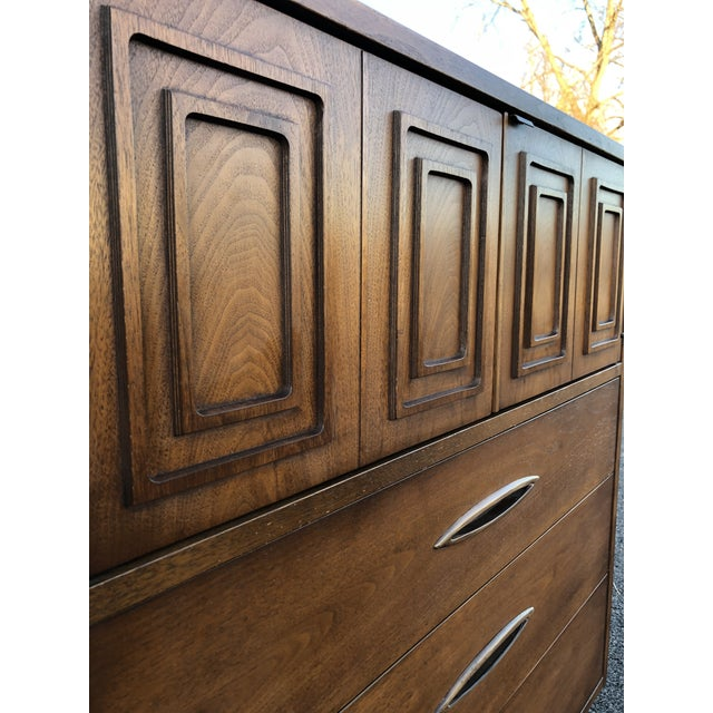 Mid Century Broyhill Sculptra Magna Chest For Sale - Image 11 of 13
