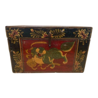 Antique Foo Dog Hand Painted Chest / Box For Sale