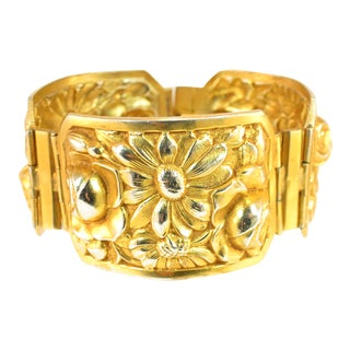 French Art Deco Gilded Floral Repousse Hinged Bracelet, 1920s For Sale