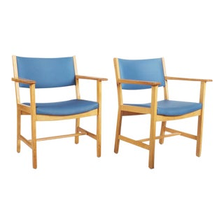 Lacquered oak vintage armchairs by Hans J. Wegner for Getama For Sale