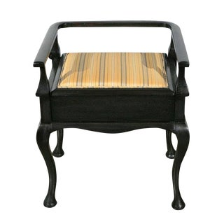 1910s English Traditional Black Wooden Piano/Vanity Seat For Sale