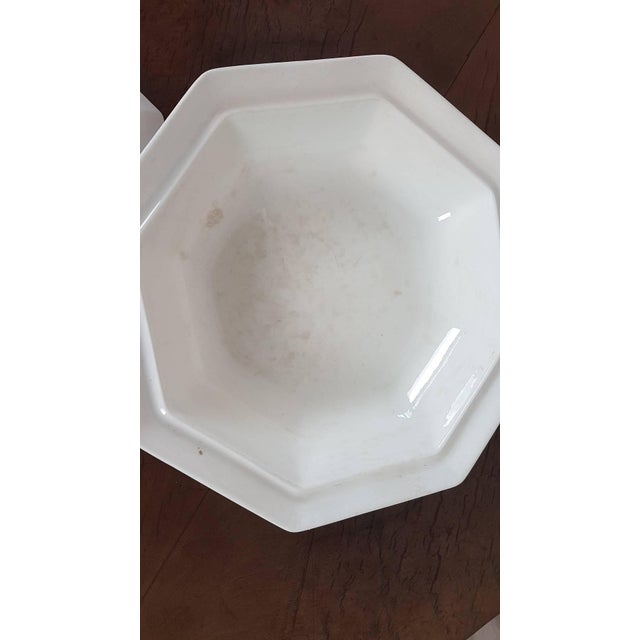 Mid 20th Century 20th Century Italian Neoclassic Style White Ceramic Soup Tureen, 1920s For Sale - Image 5 of 7