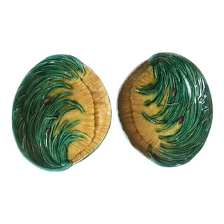 19th Century Cottage Majolica Leaves Platters - a Pair For Sale