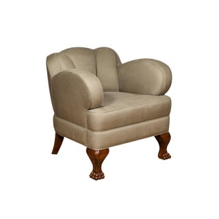 Pat McGann Linen Upholstered Bear-Claw Chair For Sale