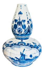 Image of Delft Decor