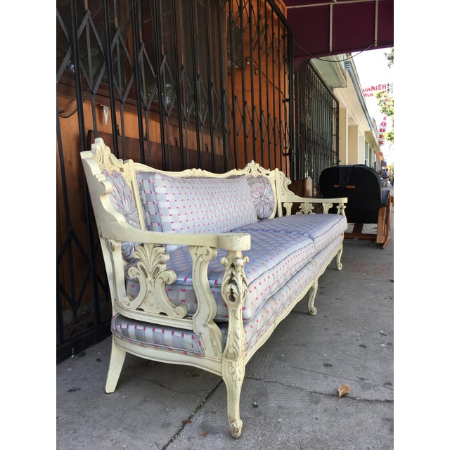 1940s Vintage Shabby Chic Style Sofa For Sale - Image 5 of 13
