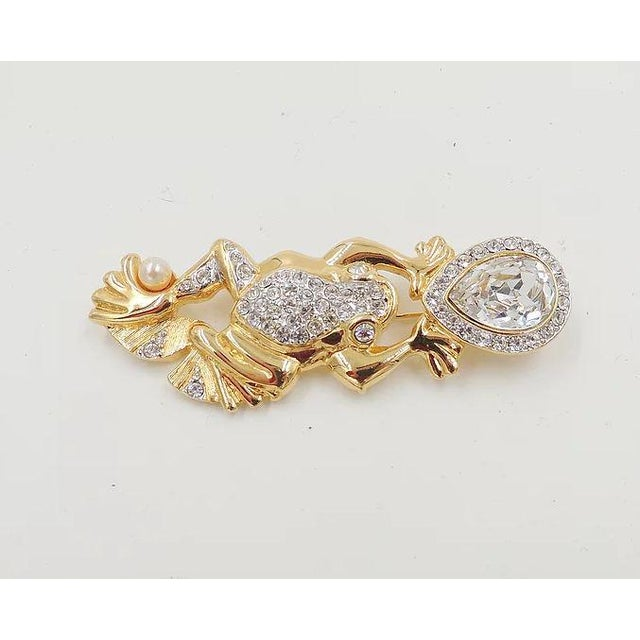 Modern 1980s Valentino Pavé Rhinestone Frog Pin For Sale - Image 3 of 7