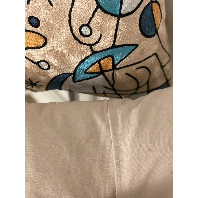 Pair of Modern Tapestry Pillows For Sale In Atlanta - Image 6 of 8