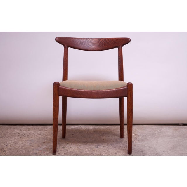 Set of Six Hans Wegner W2 Dining Chairs for CM Madsen in Oak For Sale In New York - Image 6 of 13