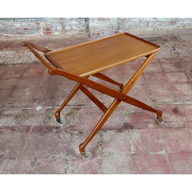 """Danish Mid-century Modern 1960s Teak Serving Bar Cart size 32 x 20 x 30"""" A beautiful piece that will add to your décor!"""