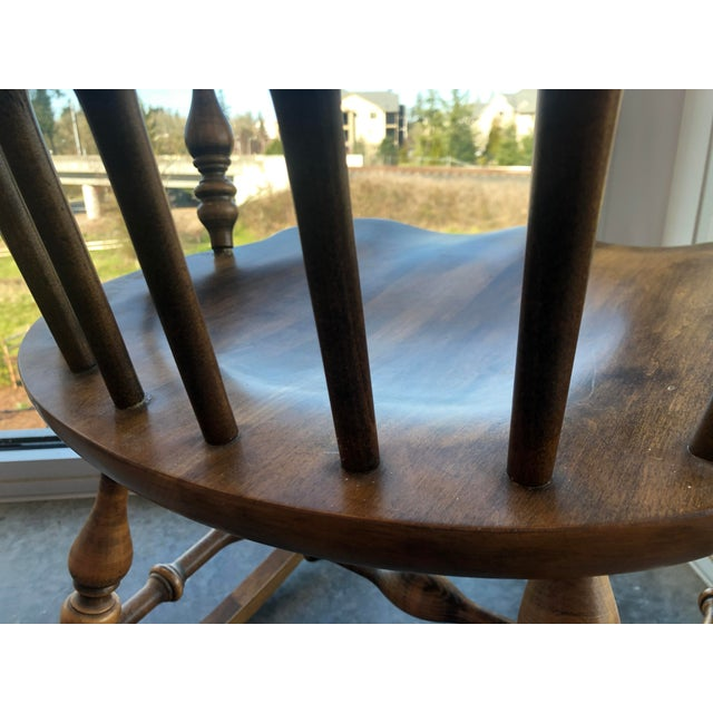 Sienna 19th C. Ethan Allen Antique Solid Maple Windsor Rocking Chair For Sale - Image 8 of 13