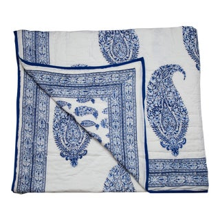 Malabar Paisley Reversible Quilt, King - Deep Blue For Sale