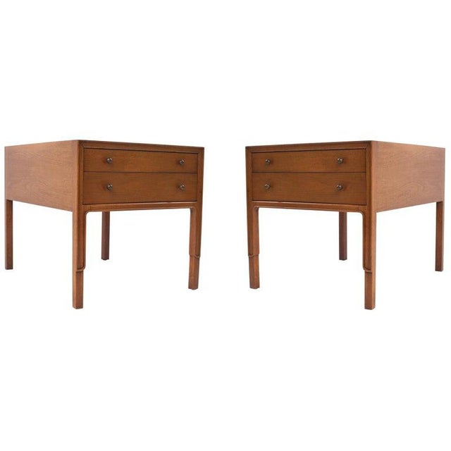 Brown 1960s American Classical John Stuart Mahogany Bedside Tables - a Pair For Sale - Image 8 of 8