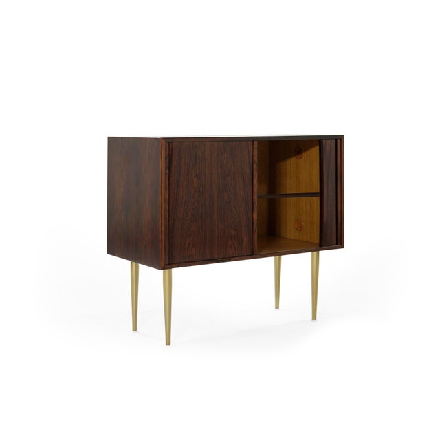 Mid-Century Modern Danish Modern Rosewood Liquor Cabinet, C. 1950s For Sale - Image 3 of 10