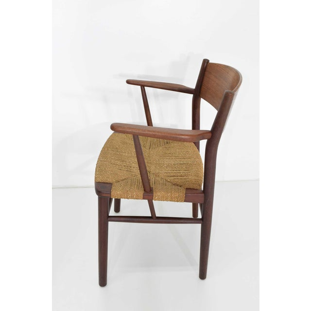Mid-Century Modern Børge Mogensen Dining Chairs by Søborg Møbelfabrik in Denmark - Set of 6 For Sale - Image 3 of 9
