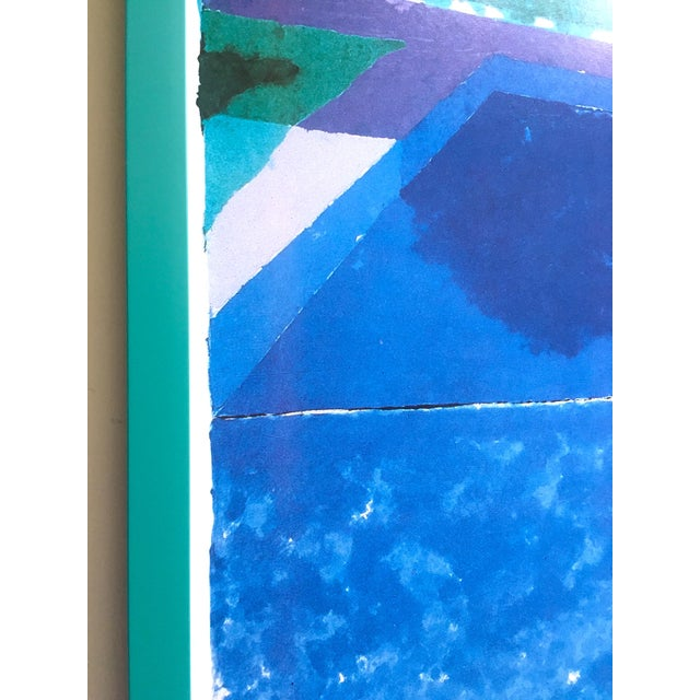 """David Hockney Rare Vintage 1988 Iconic Lithograph Print Framed Exhibition Poster """" Day Pool With Three Blues """" 1978 For Sale In Kansas City - Image 6 of 13"""
