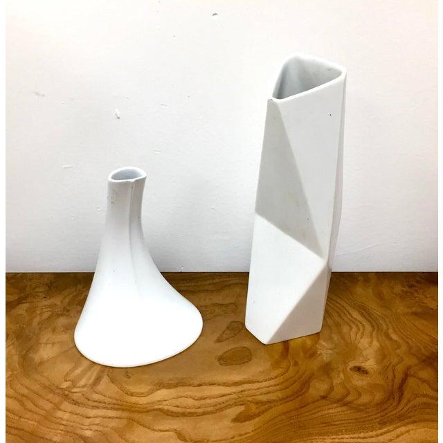 Mid-Century Modern 1960s Mid-Century Modern White Rosenthal Studio Line Vases - Set of 2 For Sale - Image 3 of 6