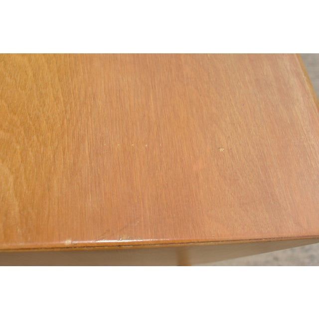 1950s 1950s Mid Century Modern Heywood Wakefield Side Table For Sale - Image 5 of 11